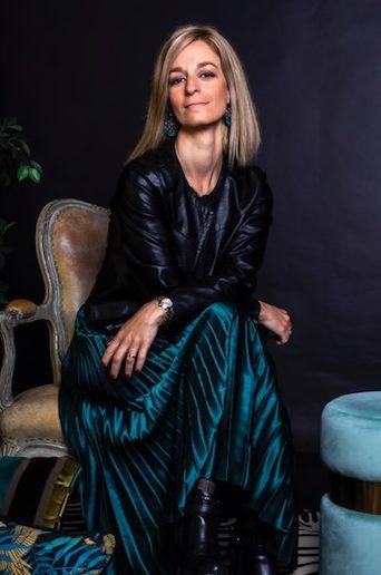 Estefania, fondatrice de Loc and Roll, pour louer ses meubles